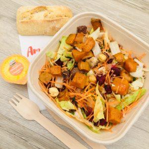 Salade, Butternut, carotte, betterave, choux, châtaignes, poire, noix